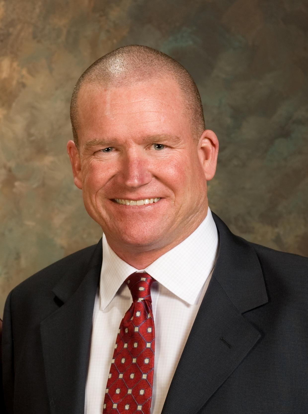 Robert A Lyons Jr.